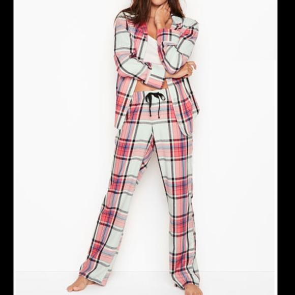 b31861130e New Victoria s Secret Red Plaid Flannel Pajama Set